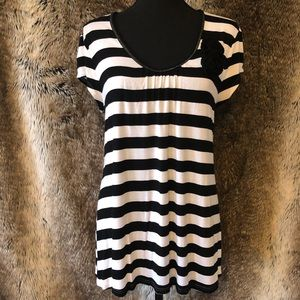 Candie's Short Sleeve Striped Flowy Top Size XL